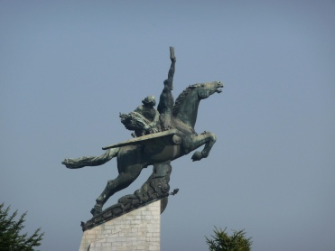 chollima statue.jpg